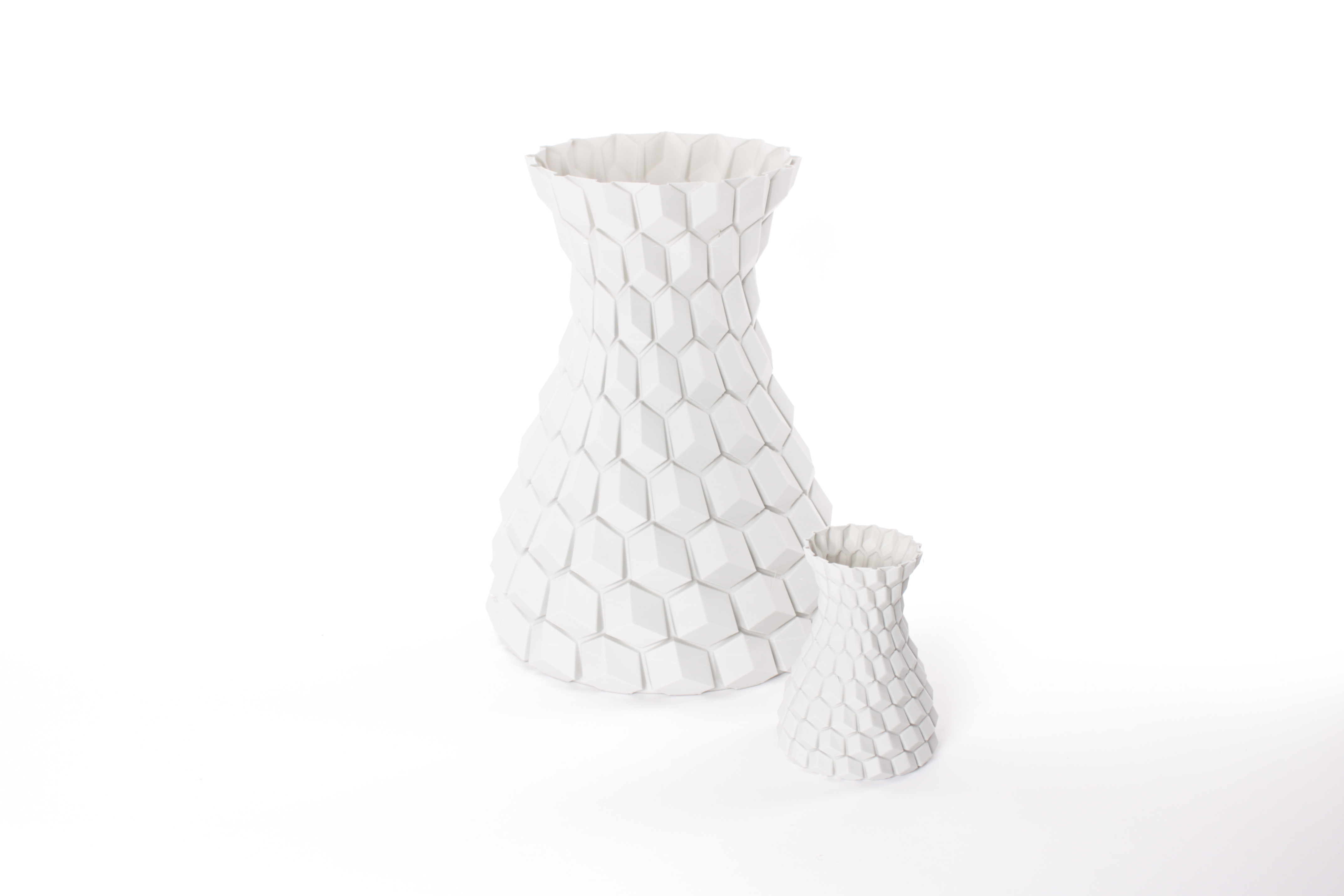 StoneFil - HoneyComb Concrete vase. Design by Aleksey Grishchenko